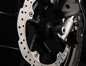 Bremsen des Elektromotorrads Zero DS